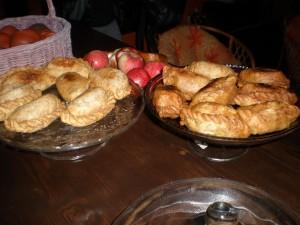 Co poniedziałek pyszne vegańskie samosy indyjskie w wersji warzywnej i owocowej :)